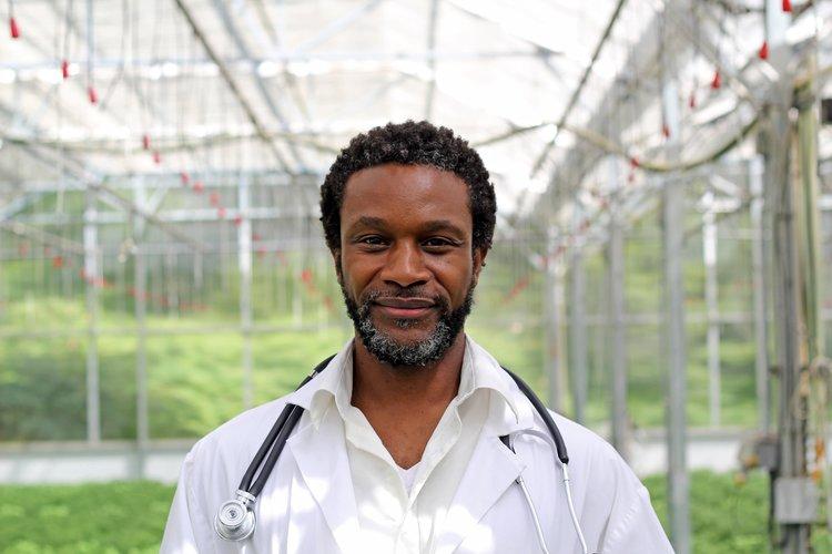 Dr. Chris SaltPaw - Grassroots Natural Medicine