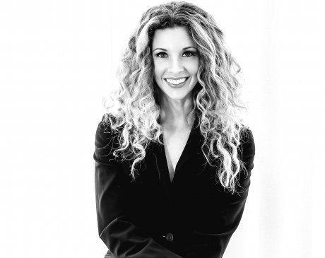 Dr. Kirsten Thompson - Kirsten Thompson, MD