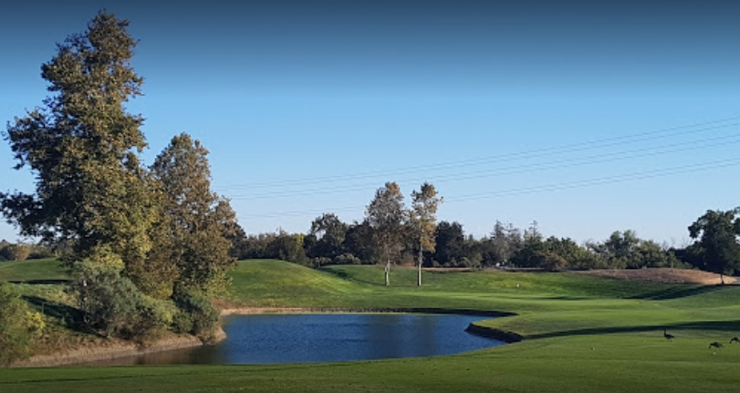 Los Lagos Golf Course