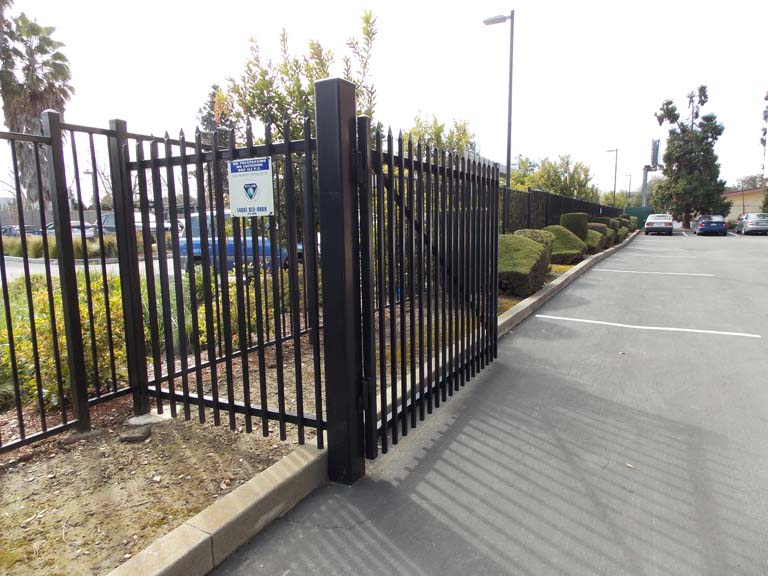 Diamond Fence Co. Inc.