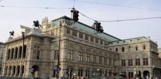 Children encouraged to smoke by Vienna's top ballet academy