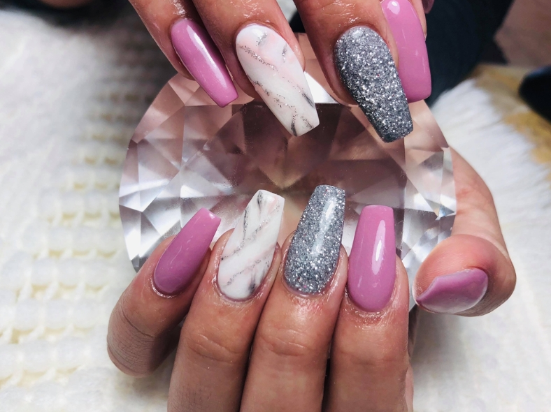 KENZIE'S NAILS AND SPA