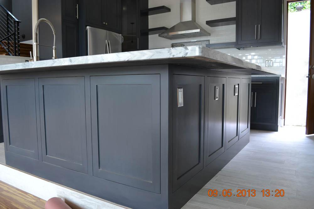 Master Custom Cabinets