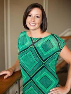 Dr. Ashley Schatzman - Queen City Chiropractic & Sports Performance