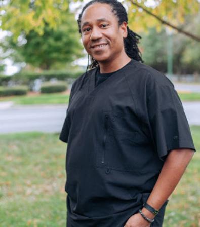 Dr. Darryl Roberts - Dr. Darryl Roberts, N.D