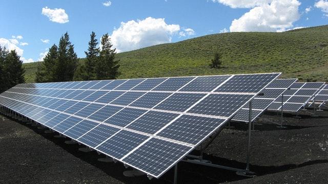 5 Best Solar Battery Installers in Chicago