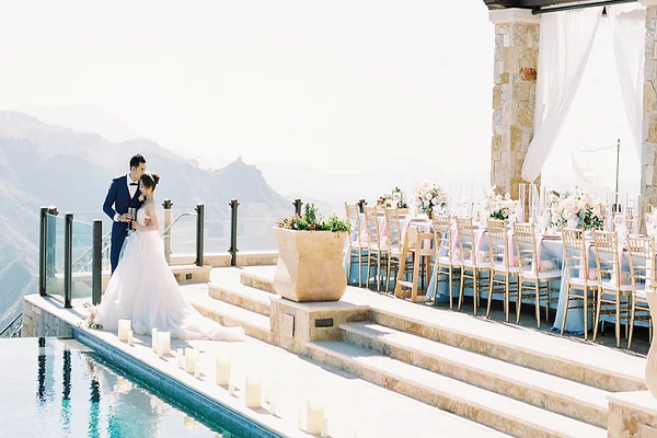 Bloomingirls Wedding Planning & Floral Design
