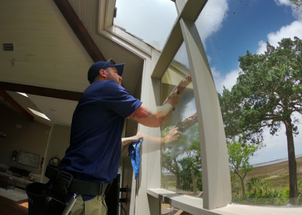 Top Notch Window Cleaning & Pressure Washing
