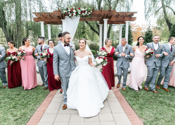 Dressigner - Bridal Wedding Dress Alterations by Malgo