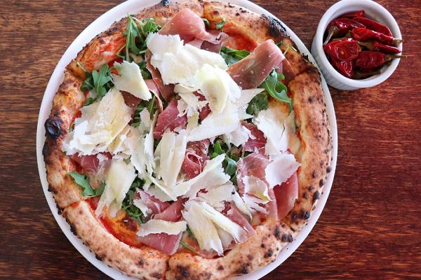 IL Casaro Pizzeria & Mozzarella Bar