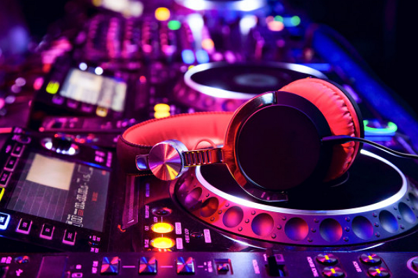 Boutique DJs & Entertainment