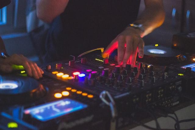 5 Best DJs in Columbus