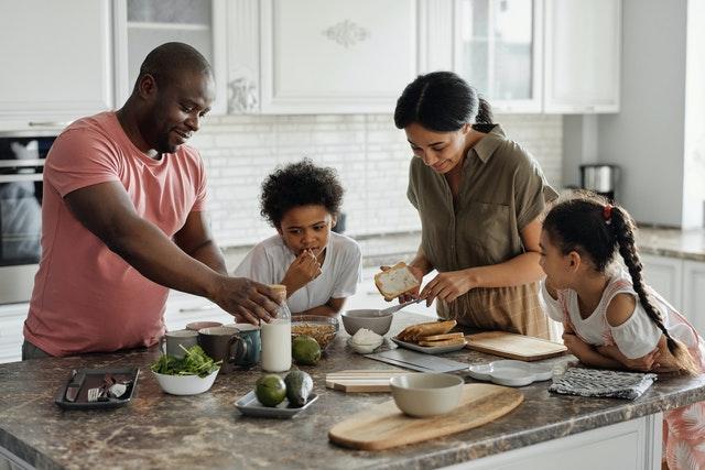 5 Best Family-Friendly Recipe Blogs