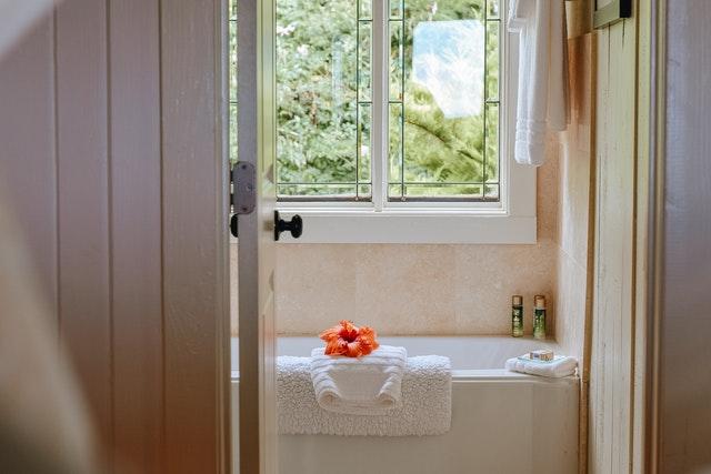 3 Best Online Bathroom Supplies Stores in the UK