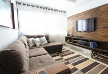 5 Best Televisions in Chicago