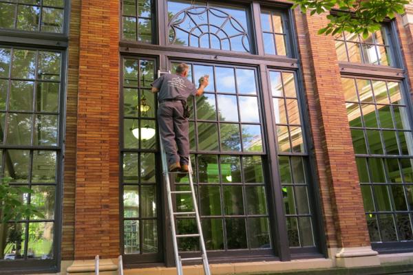 Good Window Cleaners in Memphis