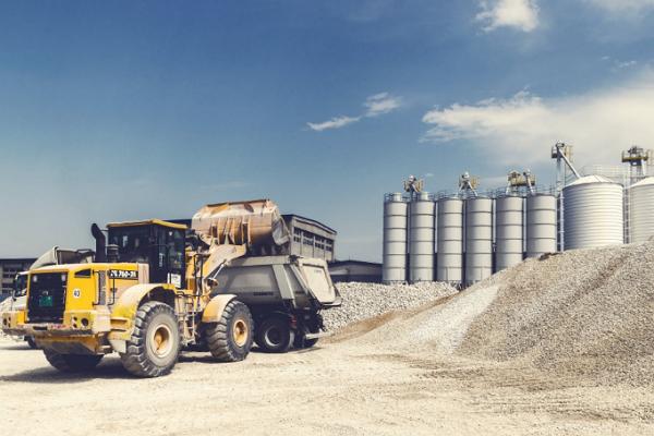 Top Heavy Machinery Rentals in Denver