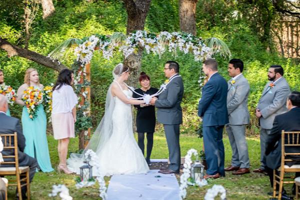 One of the best Marriage Celebrants in San Antonio