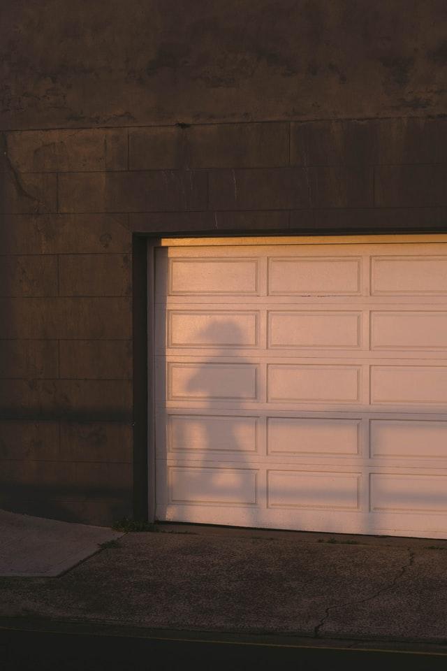 Best Garage Door Repair in Mesa