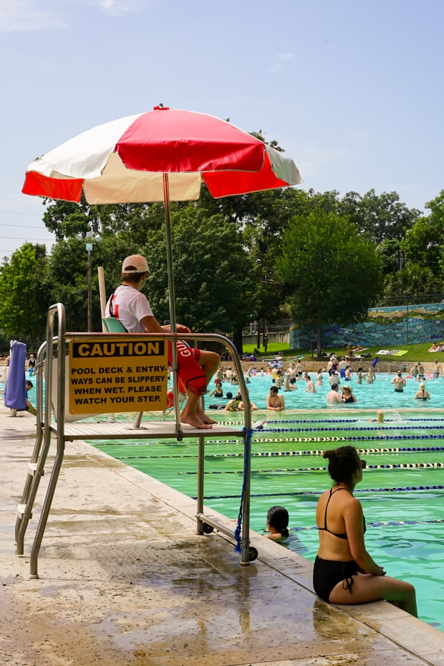 Best Swimming Pools in Detroit