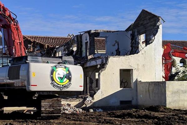 Top Demolition Builders in Fresno