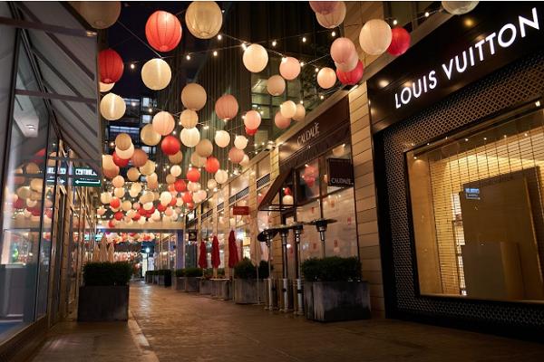 Shopping Centre in Washington