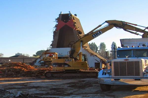 Demolition Builders in Fresno