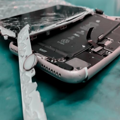 Cellphone Repair in Seattle