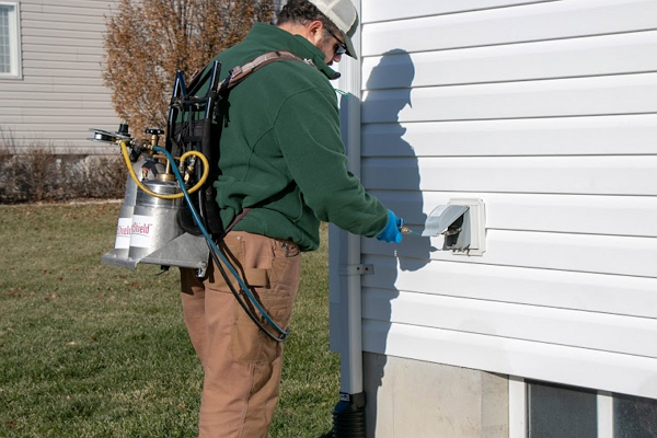 Good Pest Control Companies in St. Louis