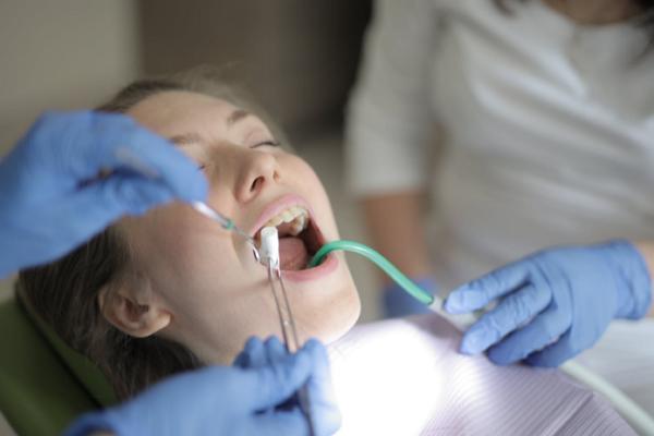 Cosmetic Dentists Washington