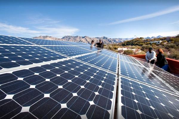 Solar Panel Maintenance in Tucson