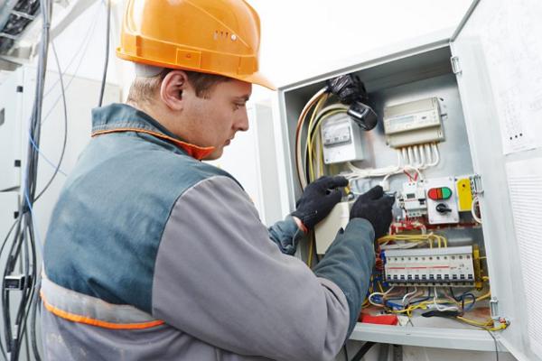 Top Electricians in Detroit