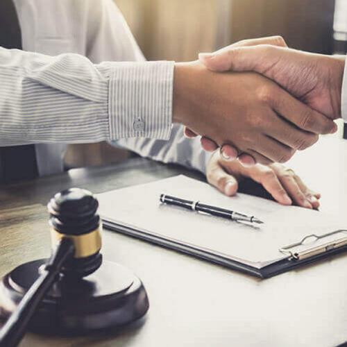 Contract Attorneys Milwaukee