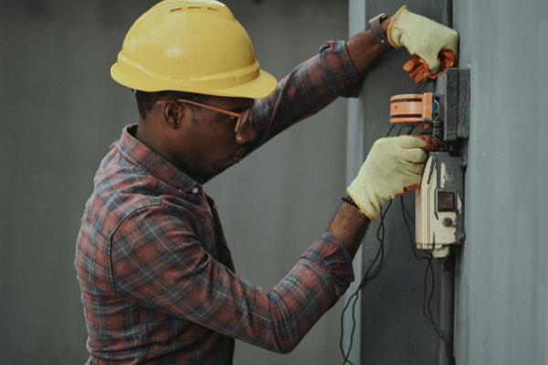 Good Electricians in Detroit