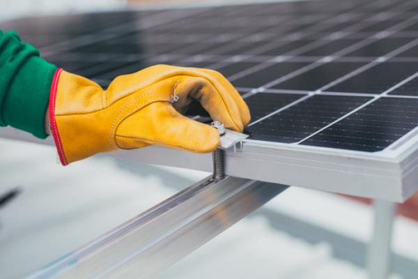 One of the best Solar Battery Installers in Denver